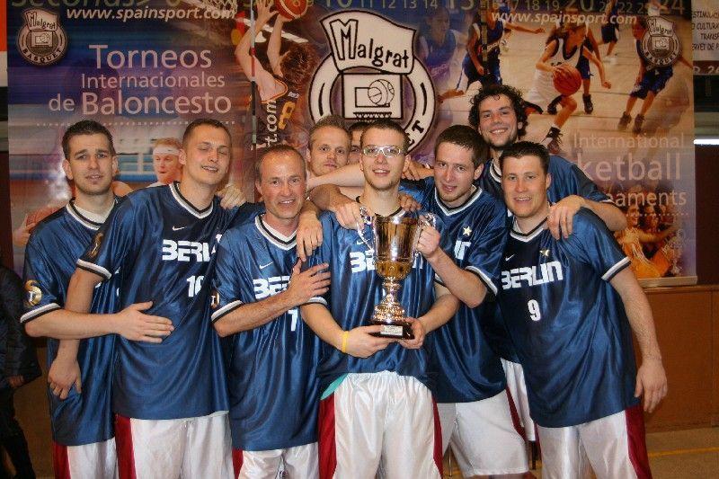 Trofeo de baloncesto en malgrat de mar en Julio 2017